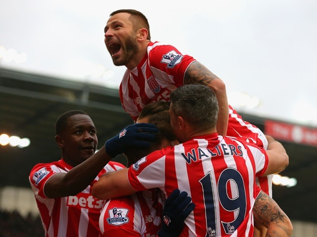 Result: Arnautovic double helps Stoke beat Villa