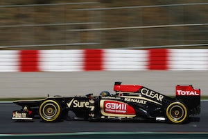 Renault to unveil all-yellow livery
