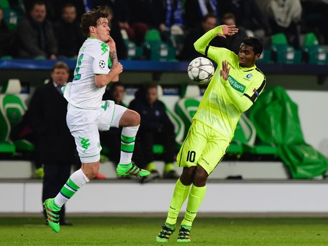 Wolfsburg's Max Kruse and Gent's Renato Neto during the Champions League match on March 8, 2016