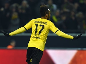 Aubameyang treble helps Dortmund past Benfica