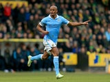 Vincent Kompany directs his troops during the Premier League game between Norwich City and Manchester City on March 12, 2016