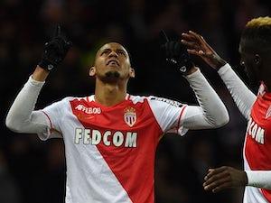 Father: 'Fabinho favours Man City move'