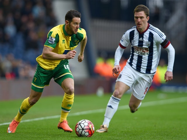 Matt Jarvis and Craig Gardner in action during the Premier League match between West Bromwich Albion and Norwich City on March 19, 2016
