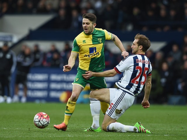Robbie Brady and Craig Dawson in action during the Premier League match between West Bromwich Albion and Norwich City on March 19, 2016