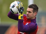 Tom Heaton in action during an England training session on March 22, 2016