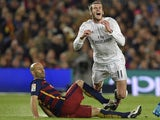 Gareth Bale and Javier Mascherano in action during the La Liga match between Barcelona and Real Madrid on April 2, 2016