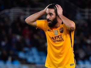 Arda Turan dropped from Turkey squad