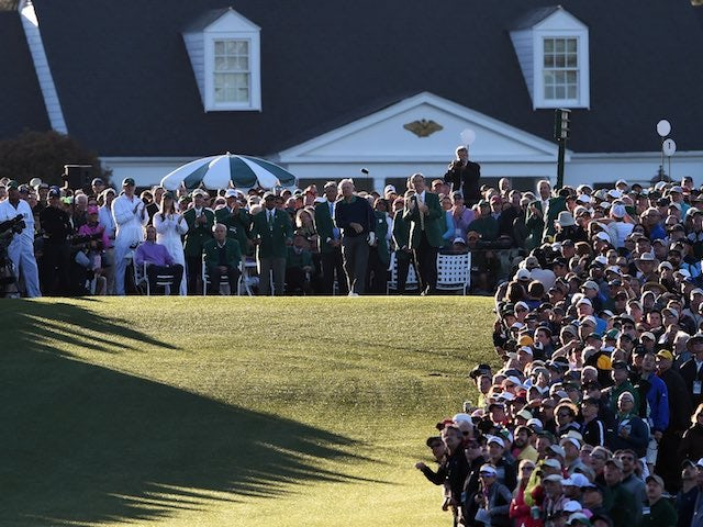 Sun rises at Augusta on the first day of The Masters on April 7, 2016
