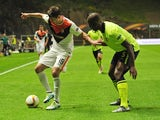 Willy 'Reggie and' Boly and Facundo Ferreyra in action during the Europa League quarter-final between Braga and Shakhtar Donetsk on April 7, 2016