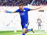 Jamie Vardy celebrates scoring during the Premier League game between Sunderland and Leicester City on April 10, 2016