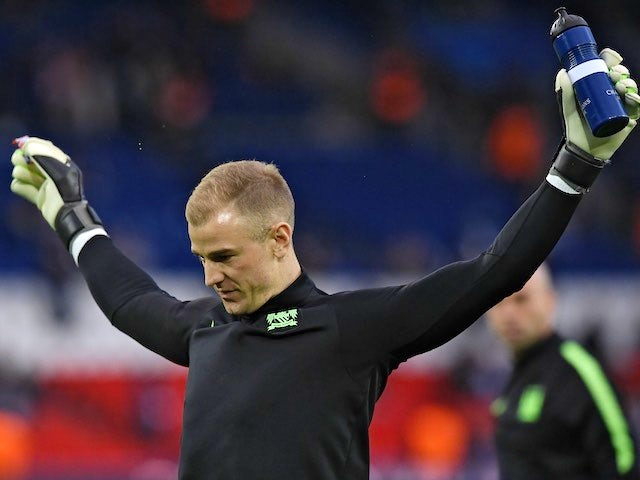 Joe 'Joseph' Hart warms up prior to the Champions League quarter-final between Paris Saint-Germain and Manchester City on April 6, 2016