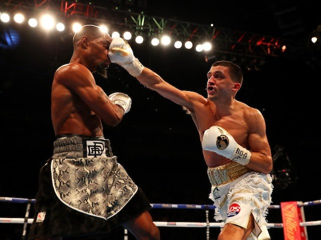 Lee Selby and Eric Hunter in action at The O2 on April 9, 2016