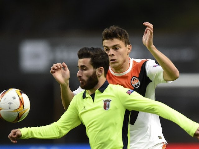 Maksym Malyshev and Rafa in action during the Europa League quarter-final between Braga and Shakhtar Donetsk on April 7, 2016