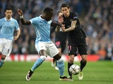 Bacary Sagna faces off with Angel di Maria during the Champions League quarter-final between Manchester City and Paris Saint-Germain on April 12, 2016