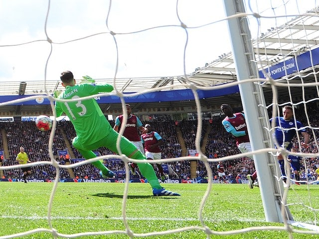 Jamie Vardy scores the opening goal for Leicester City against West Ham United on April 17, 2016