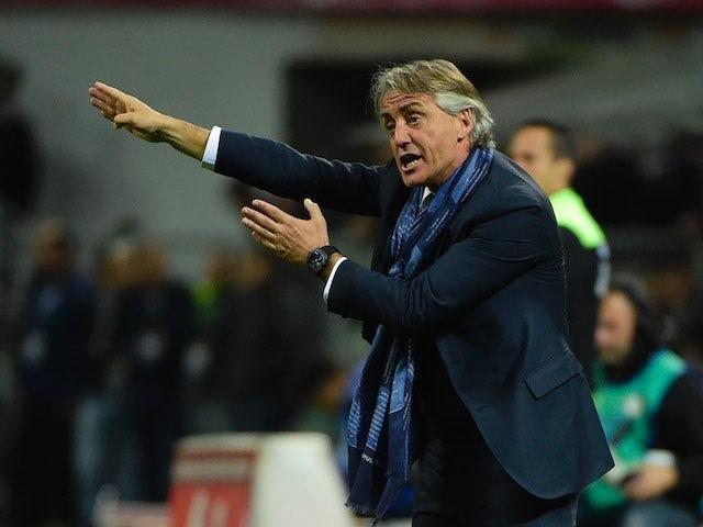 Roberto Mancini gives orders durante la Serie A partita tra Inter e Napoli il April 16, 2016
