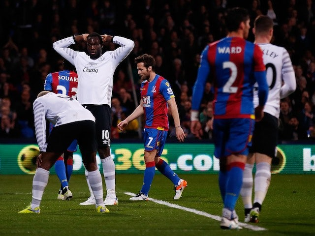 Everton striker Romelu Lukaku reacts after letting down triple-captainers everywhere on April 13, 2016