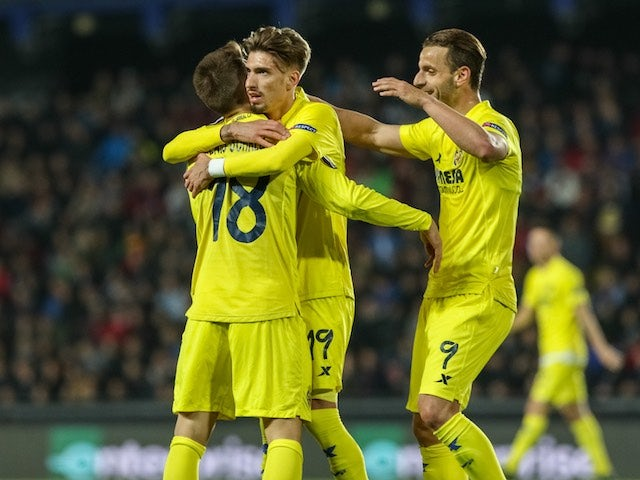 Samuel Castillejo celebrates scoring during the Europa League quarter-final between Sparta Prague and Villarreal on April 14, 2016