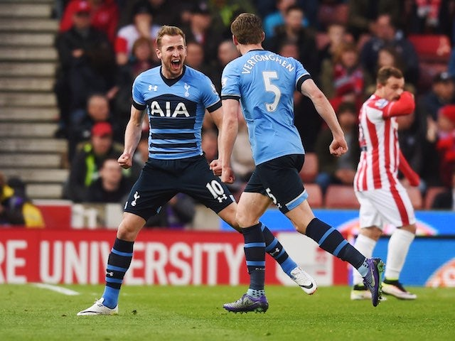 Harry Kane celebrates scoring with Jan Vertonghen during the Premier League game between Stoke City and Tottenham Hotspur on April 18, 2016
