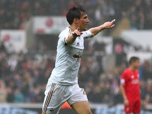 Report: Burnley in talks with Jack Cork