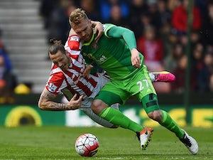 Hamburg consider move for Sunderland midfielder?