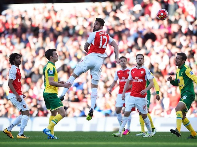 Olivier Giroud has a shot at goal during the Premier League game between Arsenal and Norwich City on April 30, 2016