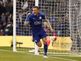 Jamie Vardy celebrates scoring during the Premier League game between Leicester City and Everton on May 7, 2016