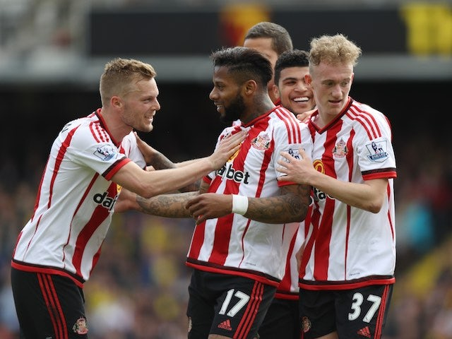 Jeremain Lens celebrates scoring during the Premier League game between Watford and Sunderland on May 15, 2016