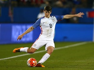 Bournemouth sign USA midfielder Hyndman