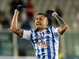 Gianluca Lapadula of Pescara Calcio celebrates after scoring the goal 1-1 during the Serie B match between Pescara Calcio and Vicenza Calcio at Adriatico Stadium on February 12, 2016