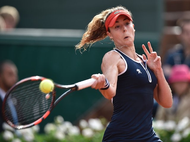 Alize Cornet swears at the crowd during the French Open on May 28, 2016
