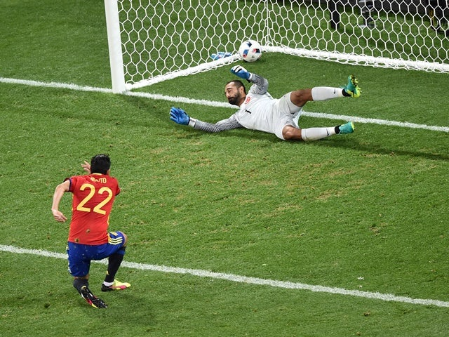 Nolito scores his side's second goal during the Euro 2016 Group D match between Spain and Turkey on July 17, 2016