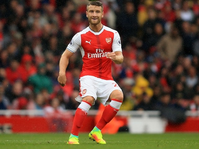 Mustafi picks up injury on Germany duty