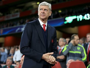 Team News: Arsene Wenger names strong Arsenal lineup