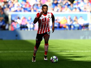 Everton on verge of Cuco Martina signing