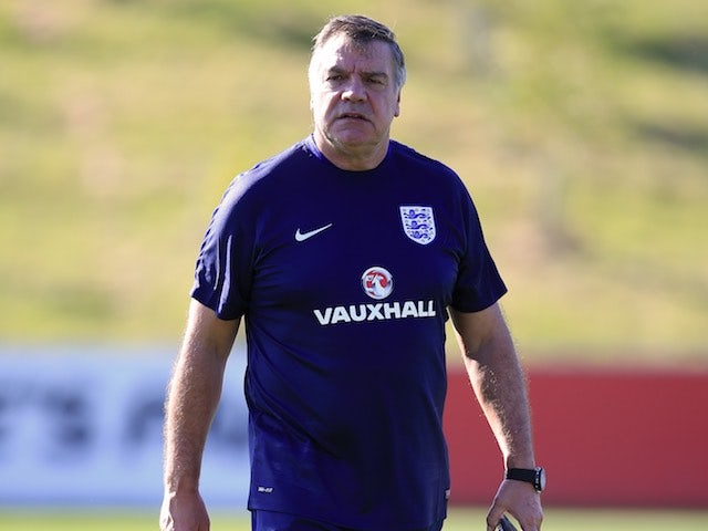 Former Crystal Palace boss Allardyce plans legal action against FA