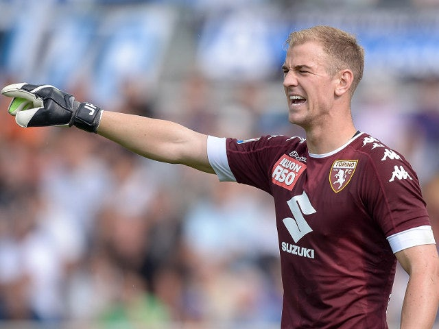 On-loan Torino goalkeeper Joe Hart shouts instructions to his defence during the Serie A match against Atalanta on September 11, 2016