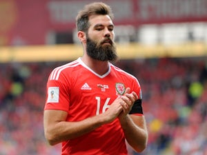 Ledley urges Wales to keep calm