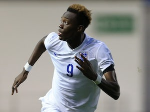 Abraham: 'I want to keep playing for England'