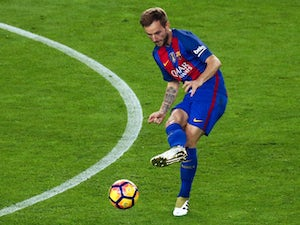 Rakitic 'in talks over new Barca deal'