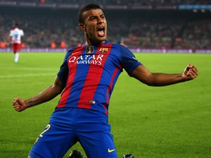 Barcelona confirm Rafinha knee problem