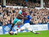 Everton defender Ramiro Fit Mori challenges West Ham United winger Michail Antonio during the Premier League match at Goodison Park on October 30, 2016