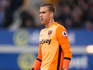 Adrian keen for West Ham United exit