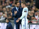Interim England manager Gareth Southgate speaks with Jamie Vardy during the World Cup qualifier with Scotland at Wembley on November 11, 2016
