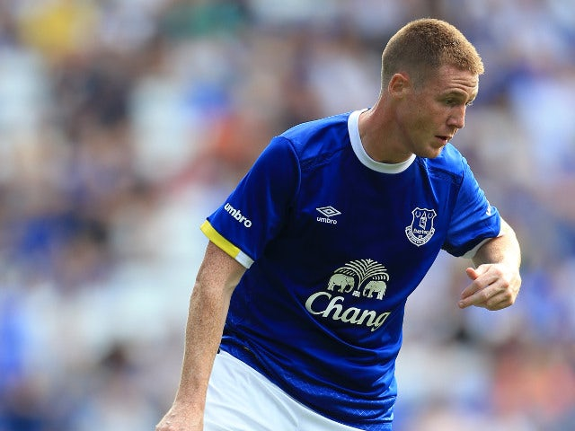 Burnley agree deal to sign Everton winger Lennon
