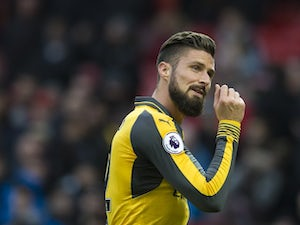 Team News: Wenger goes with Olivier Giroud up top
