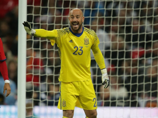 Reina: 'World Cup ball impossible'