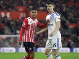 Sunderland defender Paddy McNair marks Southampton's Sofiane Boufal during the EFL Cup clash between the two sides on October 26, 2016