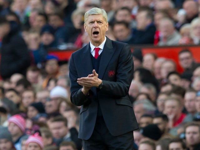 Arsenal name 25-man squad for Emirates Cup