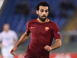 Salah 'to fly to UK ahead of Liverpool move'